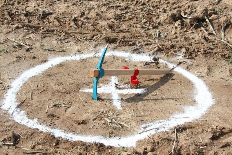 خبرنگاران آغاز ساخت یک مدرسه روستایی در ایذه با مشارکت بانوی خیر