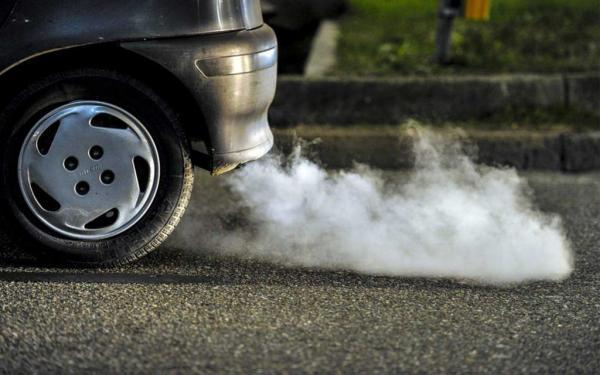 خبرنگاران هوای خروجی از اگزوز خودروهای فیلتردار از هوای تهران پاک تر است
