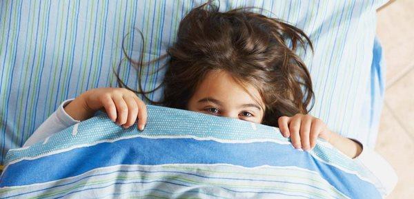 دلایل اصلی شب ادراری در بچه ها و راه های درمان آن
