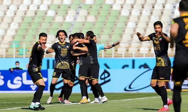 خوشه طلایی ساوه 0-2 سپاهان اصفهان؛ صعود در 120 دقیقه